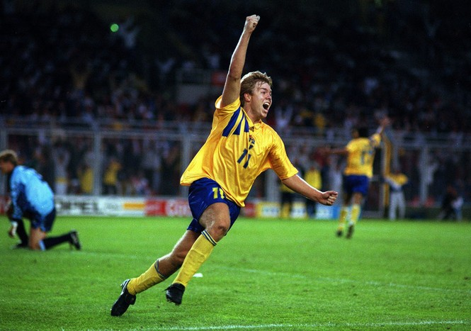 Thụy Điển rời World Cup: Trong nỗi nhớ những họng thần công - ảnh 1