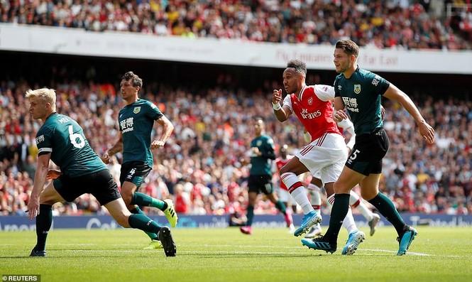 Kết quả vòng 2 Ngoại hạng Anh: Arsenal, Liverpool toàn thắng - ảnh 5