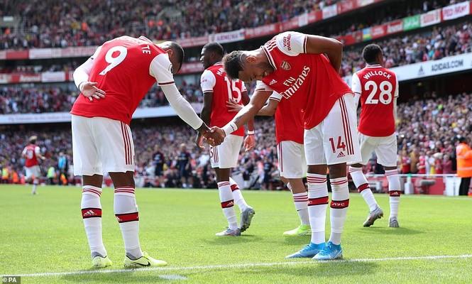 Kết quả vòng 2 Ngoại hạng Anh: Arsenal, Liverpool toàn thắng - ảnh 7