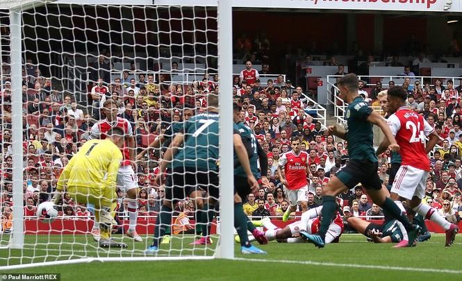 Kết quả vòng 2 Ngoại hạng Anh: Arsenal, Liverpool toàn thắng - ảnh 2