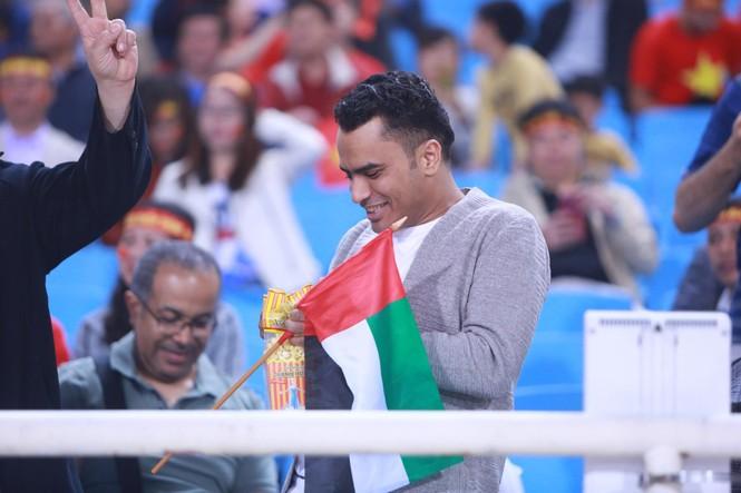 Đánh bại UAE, tuyển Việt Nam lên đầu bảng - ảnh 8