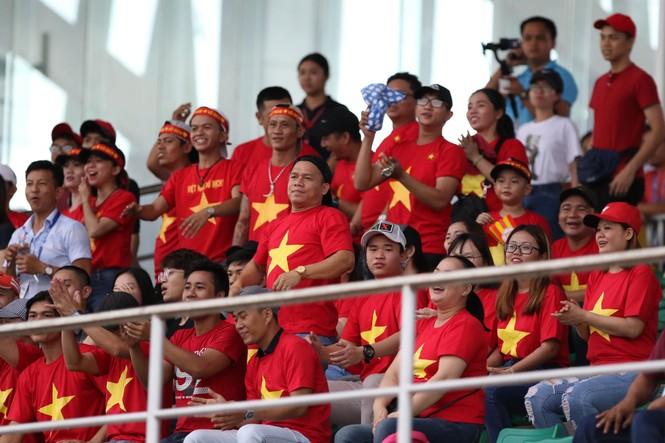 Đức Chinh 'nổ súng' tưng bừng, U22 Việt Nam dội mưa gôn vào lưới Brunei - ảnh 12