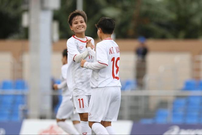 Thắng Indonesia 6-0, tuyển nữ Việt Nam vào bán kết SEA Games 30 - ảnh 6