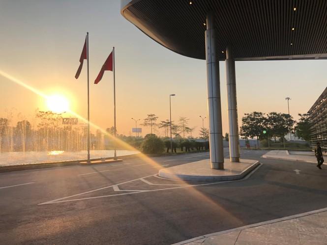 Các nhà vô địch SEA Games về đến Hà Nội - ảnh 31