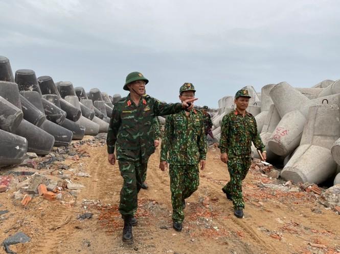 Từ 20 giờ tối nay, Đà Nẵng yêu cầu người dân không ra khỏi nhà để tránh bão số 9 - ảnh 7
