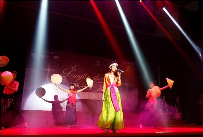 Nữ sinh Hà Thành 'đốt cháy' sân khấu  - ảnh 5