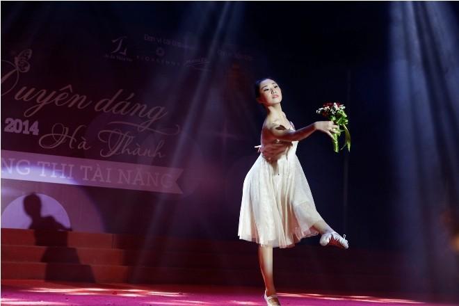 Nữ sinh Hà Thành 'đốt cháy' sân khấu  - ảnh 8
