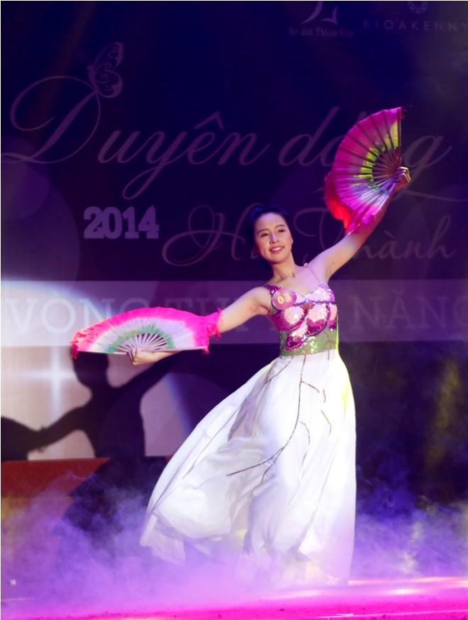 Nữ sinh Hà Thành 'đốt cháy' sân khấu  - ảnh 14