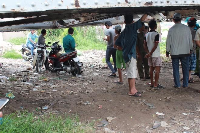 Phát hiện thi thể trên sông Sài Gòn  - ảnh 2