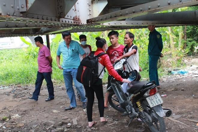 Phát hiện thi thể trên sông Sài Gòn  - ảnh 1