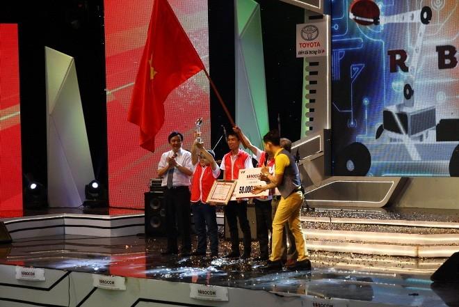 LH-NVN sẽ đại diện Việt Nam tranh tài Robocon Quốc tế  - ảnh 7