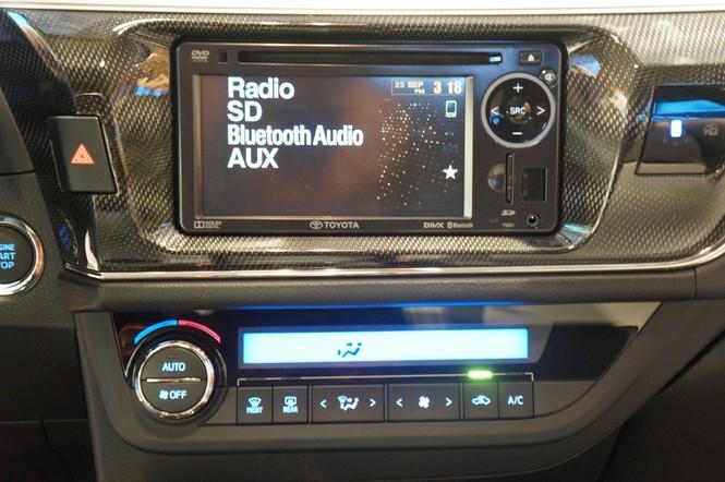 Cận cảnh Toyota Corolla Altis 2.0V đời 2014 - ảnh 12