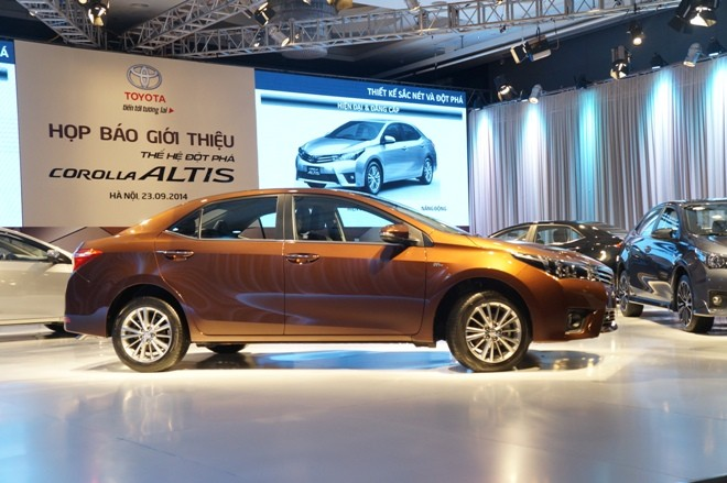 Lộ 3 mức giá của Toyota Corolla Altis 2014 ở Việt Nam - ảnh 2