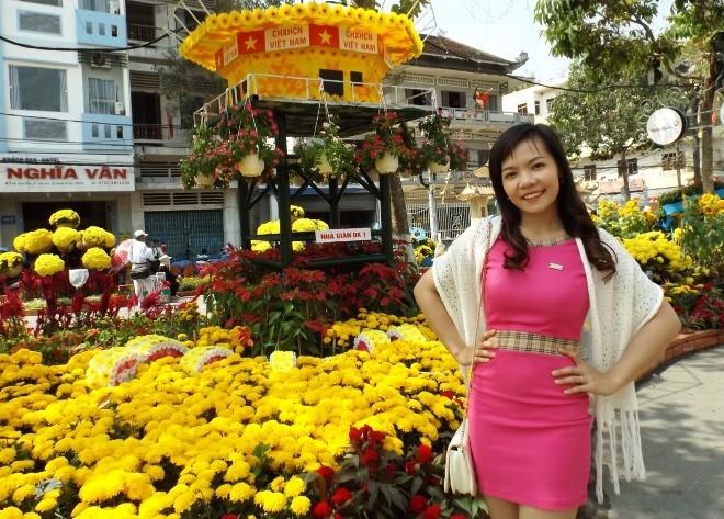 Chen chân chụp ảnh đường hoa Cần Thơ - ảnh 3