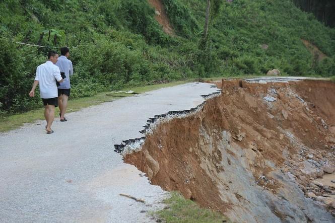 Bàng hoàng trước cảnh tan hoang sau lũ quét ở Nghệ An - ảnh 6