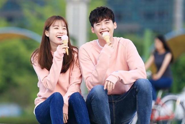 10 cặp đôi 'thống lĩnh' màn ảnh Hàn năm 2016 - ảnh 9