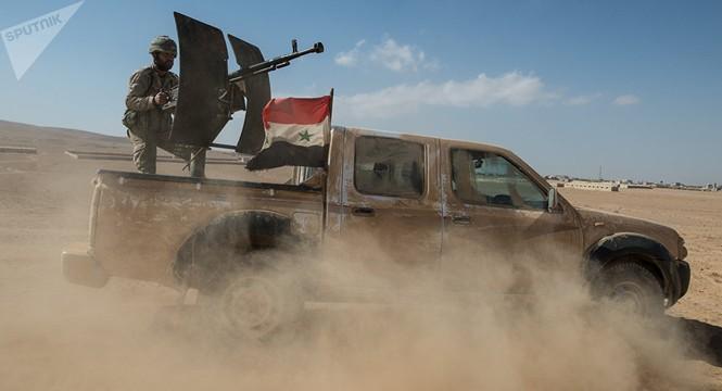 IS liên tục thất thế trên các chiến trường Syria, Iraq - ảnh 1