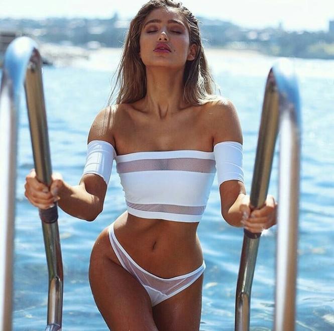 'Thiên thần' Úc bật mí cách giữ dáng không cần tập gym hay ăn kiêng - ảnh 8