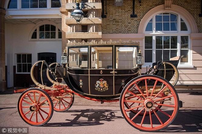 Ngắm xe ngựa cổ rước Meghan Markle - Hoàng tử Anh tới lễ đường - ảnh 3