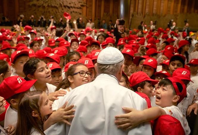 Lời kêu gọi của Giáo hoàng trong bão bê bối sex - ảnh 1