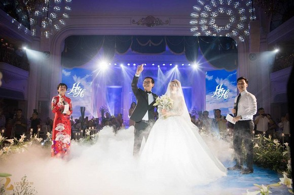 Clip: Thảo Vân, Thành Trung dẫn đám cưới bị Trần Lực chê 'thớ lợ, giả dối'  - ảnh 2