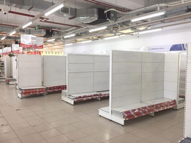 """Người dân tiếp tục khui hàng hóa """"vô tội vạ"""" và trộm cắp khi đến Auchan - ảnh 9"""