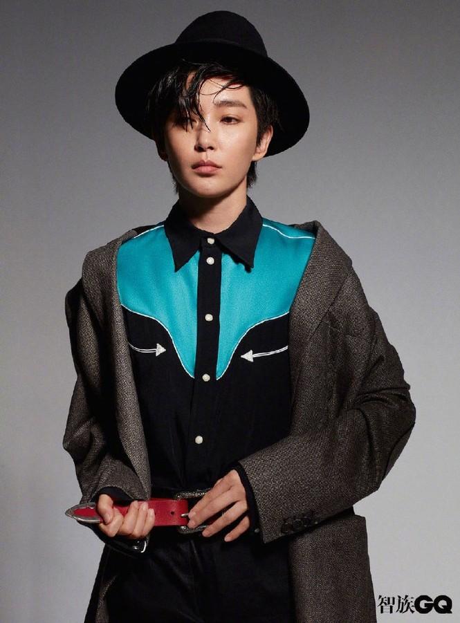 Lý Băng Băng cắt tóc ngắn, mặc vest đầy nam tính trên tạp chí gây sốc - ảnh 5