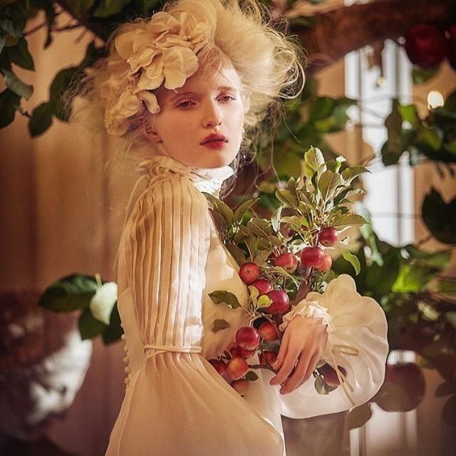 Vẻ thoát tục tựa 'công chúa tuyết' của người mẫu bạch tạng đẹp nhất thế giới - ảnh 6