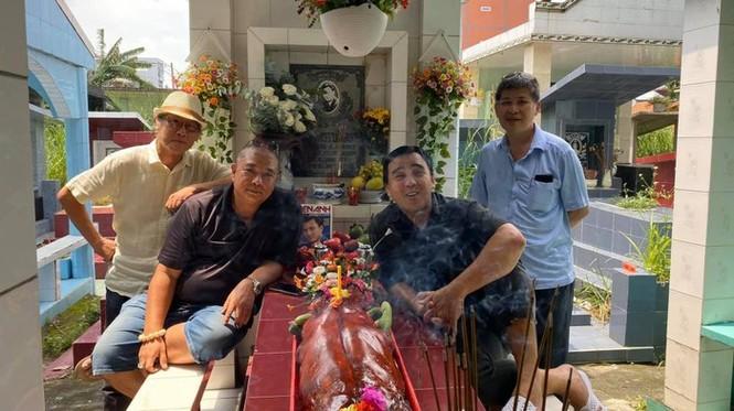 Quyền Linh nghẹn ngào chia sẻ nhân 23 năm ngày mất Lê Công Tuấn Anh - ảnh 1