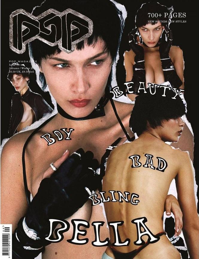 'Nóng mặt' Bella Hadid phanh áo lộ ngực trần trong hậu trường chụp ảnh - ảnh 5