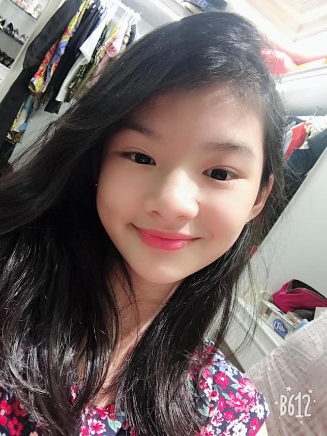 Con gái Trần Bảo Sơn và Trương Ngọc Ánh cao nổi bật, lộ nét hoa hậu ở tuổi 11 - ảnh 7
