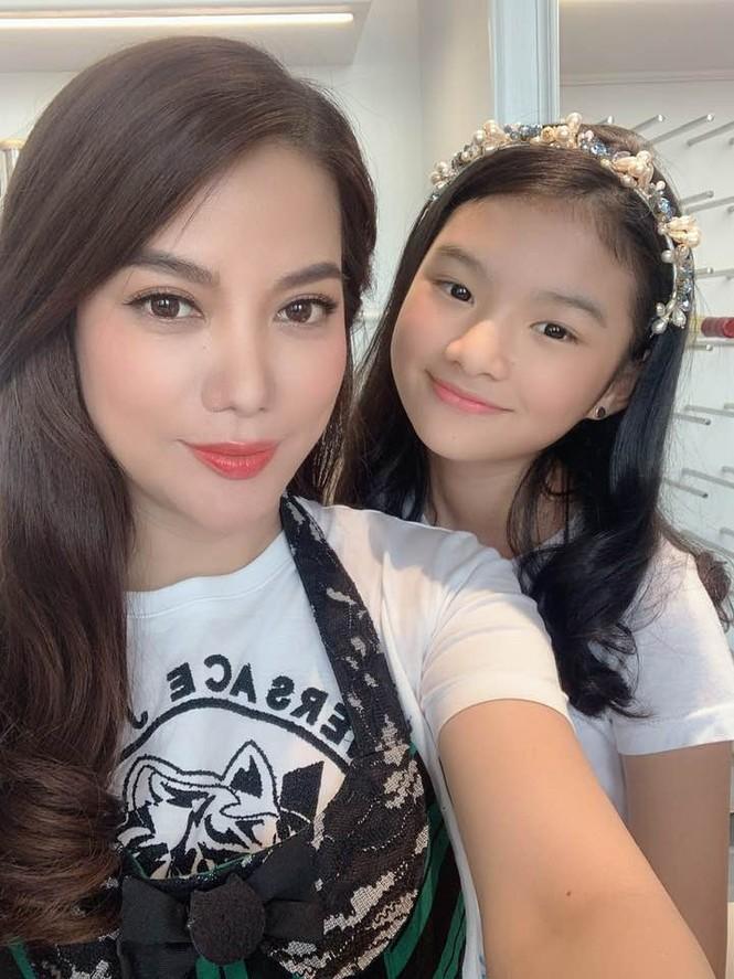 Con gái Trần Bảo Sơn và Trương Ngọc Ánh cao nổi bật, lộ nét hoa hậu ở tuổi 11 - ảnh 4