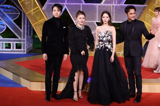 Dàn sao hạng A Hoa ngữ 'đổ bộ' thảm đỏ lễ trao giải Kim Kê 2019 - ảnh 12