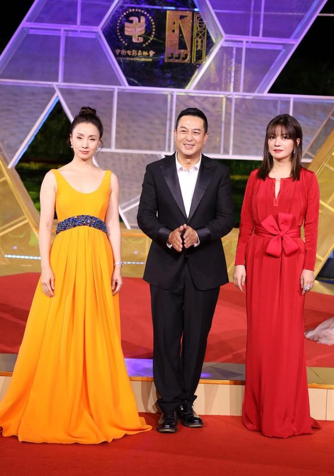 Dàn sao hạng A Hoa ngữ 'đổ bộ' thảm đỏ lễ trao giải Kim Kê 2019 - ảnh 4