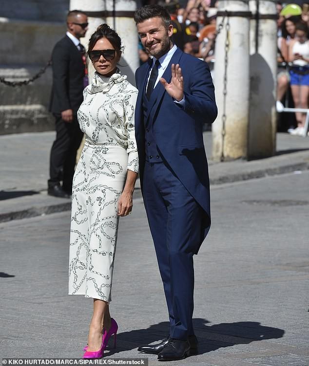 'Giật mình' trước khoản lỗ khổng lồ của thương hiệu thời trang Victoria Beckham - ảnh 2