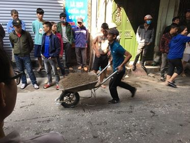 Cận cảnh vụ xe chở gas phát nổ, gây cháy dữ dội trong phố Bùi Ngọc Dương - ảnh 10