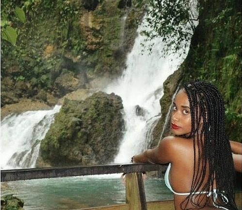 Nhan sắc đời thường đẹp như trên sân khấu của tân Hoa hậu Thế giới người Jamaica - ảnh 9