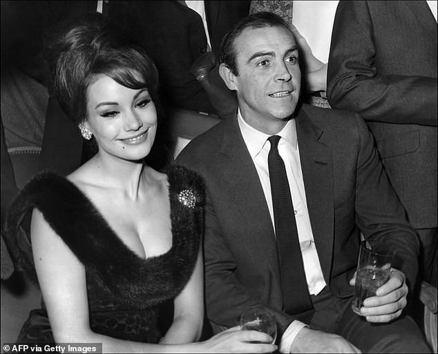 Bond girl người Pháp đầu tiên qua đời ở tuổi 78 - ảnh 5