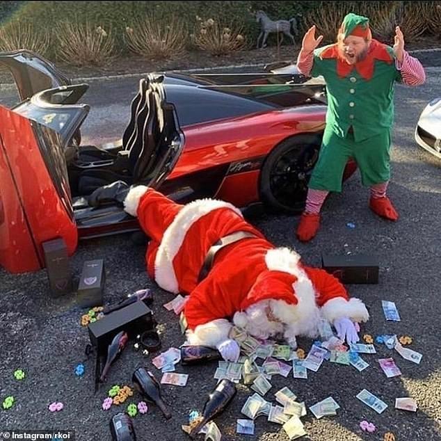 Muôn kiểu khoe của của hội 'rich kid' quốc tế dịp Giáng sinh - ảnh 1