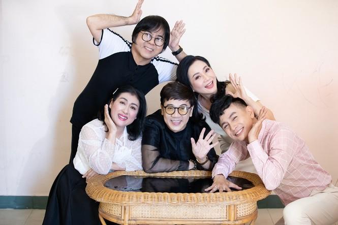 Thành Lộc, Thanh Thủy xúc động ngày nhóm Líu Lo hội ngộ - ảnh 3