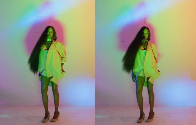 'Báo đen' Naomi Campbell tung ảnh khoả thân 'bỏng rẫy' ở tuổi 50 - ảnh 2