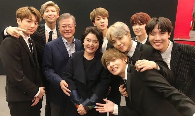 Tổng thống Hàn Quốc và loạt sao chúc mừng BTS đạt thành tích 'khủng' - ảnh 3