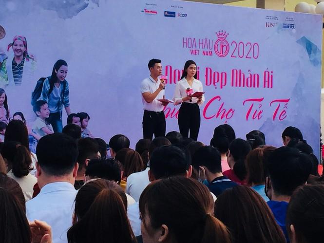 'Người đẹp nhân ái': Thí sinh HHVN mở 'Phiên chợ tử tế' cho 500 công nhân  - ảnh 3