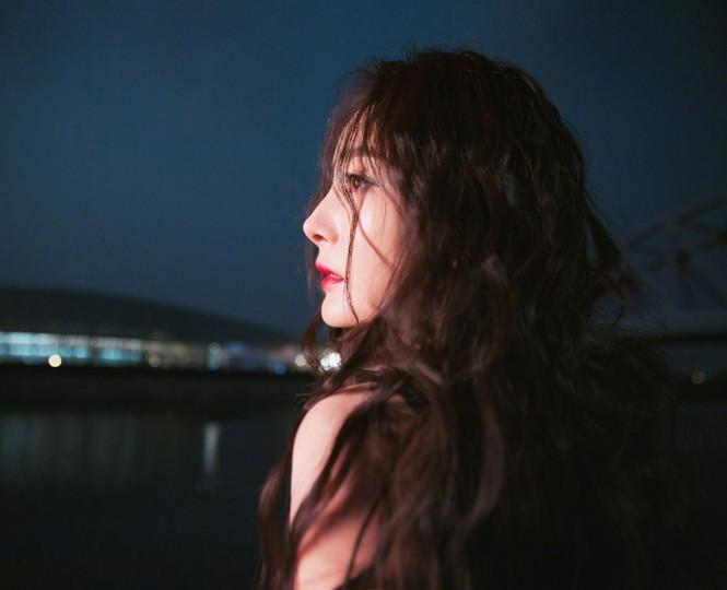 Dương Mịch đẹp không góc chết, dính nghi vấn bí mật kết hôn với nhân vật bất ngờ - ảnh 4