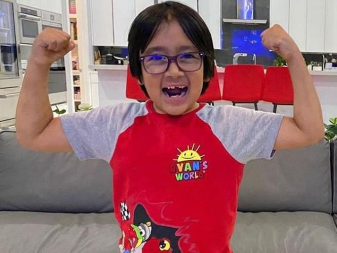 Cậu bé 9 tuổi kiếm 35 triệu USD/năm, dẫn đầu Top 10 YouTuber năm 2020 - ảnh 10