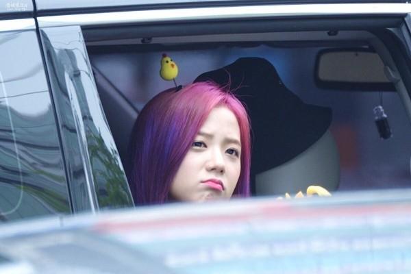 Người khác bĩu môi thấy ghét, idol K-Pop làm thế thì fan cưng muốn xỉu - ảnh 5