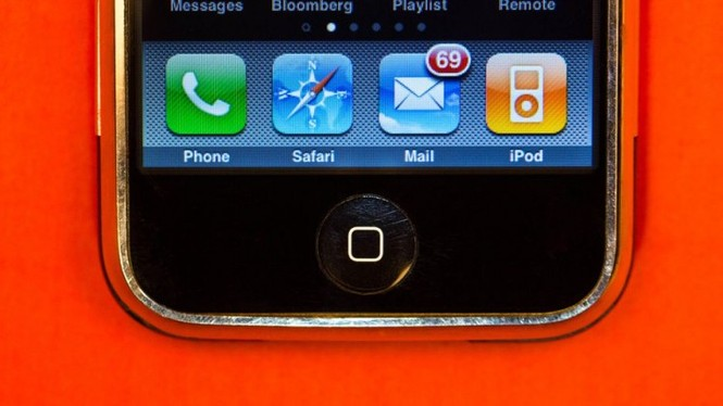 Nhìn lại chặng đường của Apple với 21 chiếc iPhone từng được trình làng hơn 10 năm qua - ảnh 4