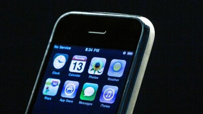 Nhìn lại chặng đường của Apple với 21 chiếc iPhone từng được trình làng hơn 10 năm qua - ảnh 5