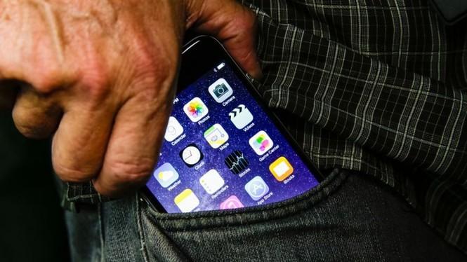 Nhìn lại chặng đường của Apple với 21 chiếc iPhone từng được trình làng hơn 10 năm qua - ảnh 26