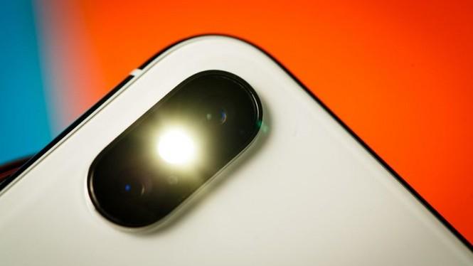 Nhìn lại chặng đường của Apple với 21 chiếc iPhone từng được trình làng hơn 10 năm qua - ảnh 39